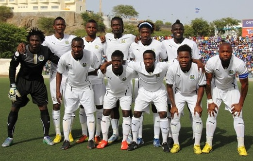 Sierra-Leone-13-PUMA-away-kit-white-white-white-line-up.jpg