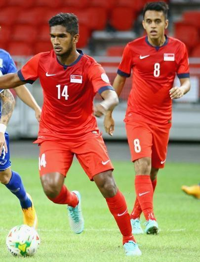 Singapore-14-15-NIKE-home-kit-red-red-red.jpg