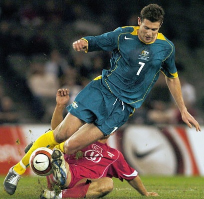 Socceroos-2004-NIKE-home-kit-green-green-yellow.jpg