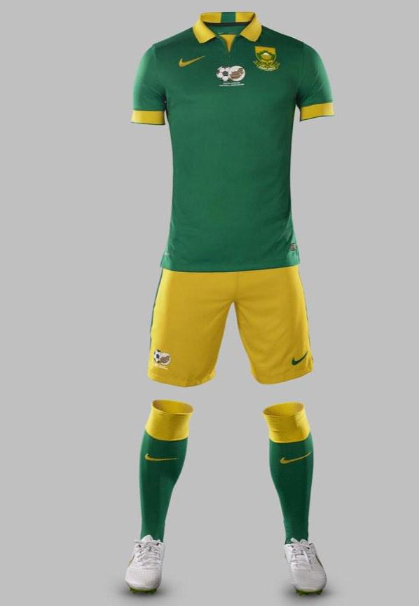 South-Africa-14-15-NIKE-new-away-kit-2.jpg