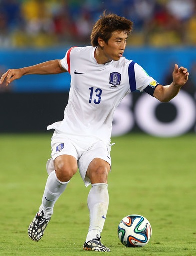 South-Korea-14-15-NIKE-away-kit-white-white-white.jpg