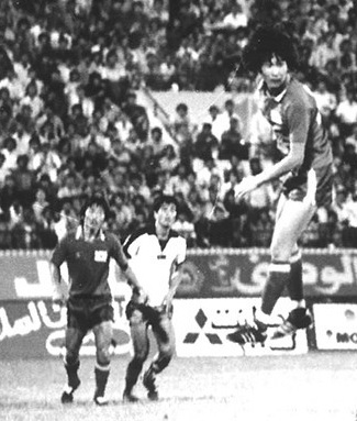 South-Korea-1980-home-kit-red-red-red.jpg