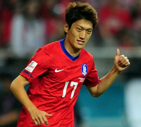 South-Korea-2014-Lee-Chung-Yong.jpg