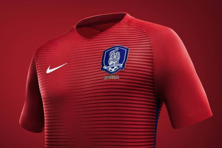 South-Korea-2016-NIKE-new-home-kit-3.jpg