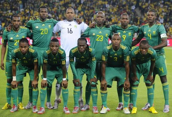 South Africa-10-11-adidas-away-kit-green-green-green-pose.JPG