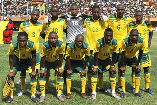 South Africa-11-12-PUMA-home-kit-yellow-green-yellow-line-up.JPG