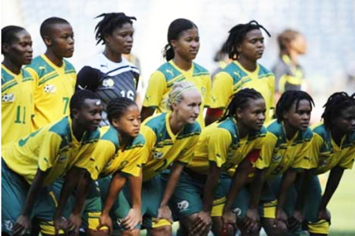South Africa-11-PUMA-women-home-kit-yellow-green-yellow-line-up.jpg