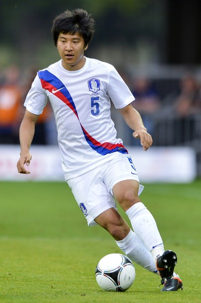 South Korea-12-13-NIKE-away-kit-whie-white-white.jpg