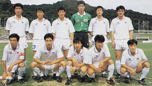 South Korea-91-RAPIDO-away-kit-white-white-white-line-up.jpg