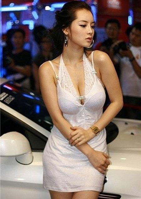 South Korea_hot_model_3.jpg