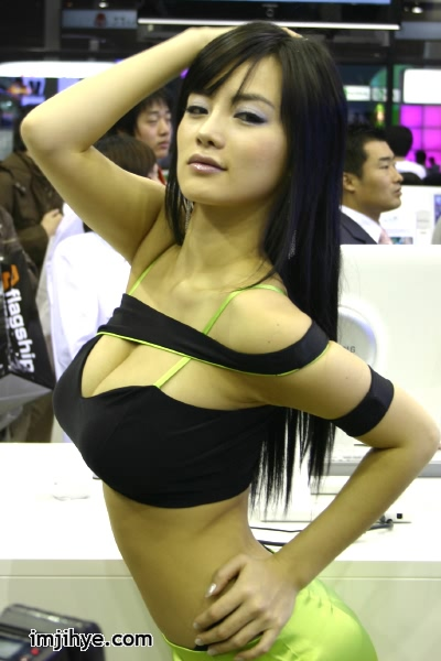 South Korea_hot_model_8.jpg