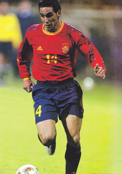 Spain-02-03-adidas-home-kit-red-navy-navy.jpg