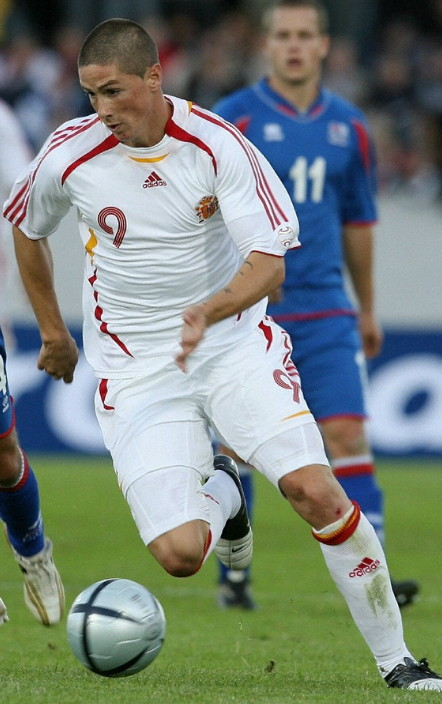 Spain-06-07-adidas-away-kit-white-white-white.jpg