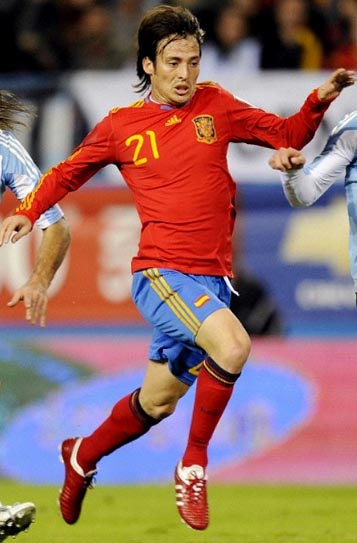 Spain-09-11-adidas-uniform-red-blue-red.JPG