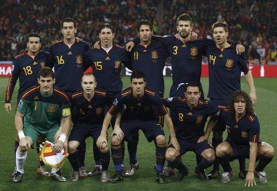 Spain-10-adidas-World Cup-kit-navy-navy-navy-pose.JPG