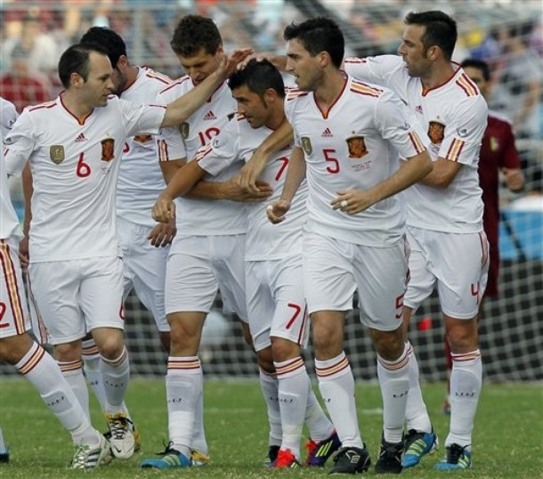 Spain-11-12-adidas-away-kit-white-white-white-joy.jpg