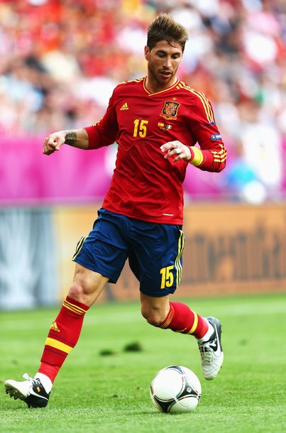 Spain-12-13-adidas-home-kit-flag-print-red-blue-red.JPG