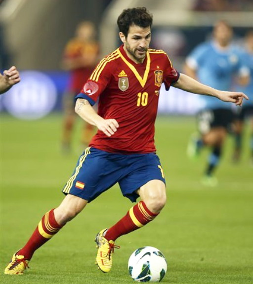 Spain-13-adidas-home-kit-red-navy-red.jpg