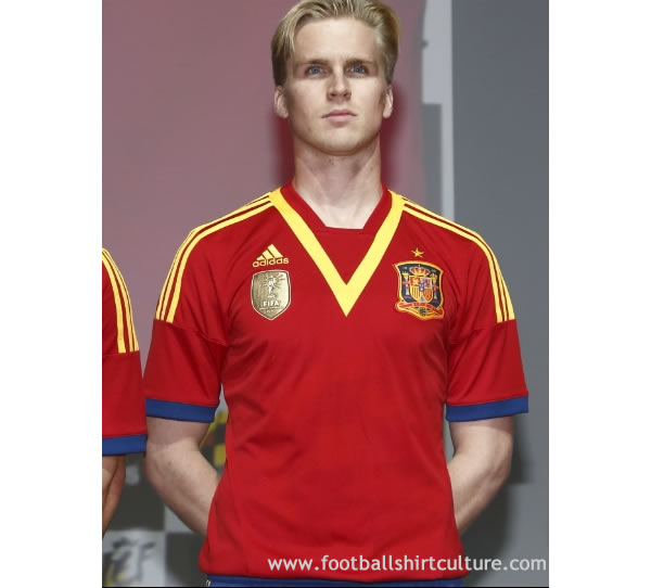 Spain-2013-adidas-New-Confederations-Cup-home-shirt-4.jpg
