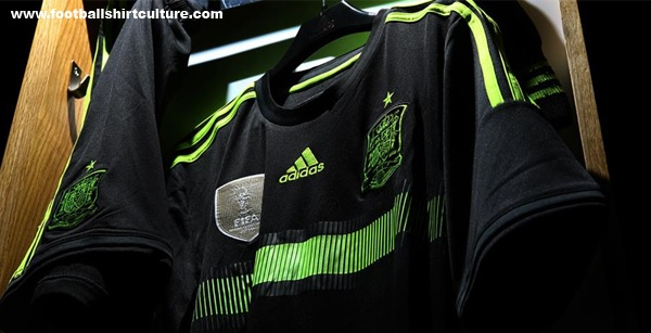 Spain-2014-adidas-world-cup-away-kit-5.jpg