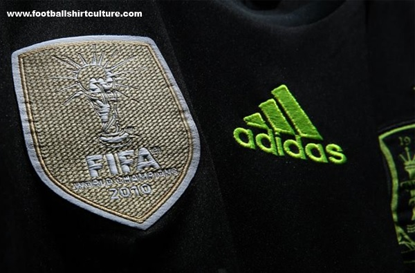 Spain-2014-adidas-world-cup-away-kit-7.jpg