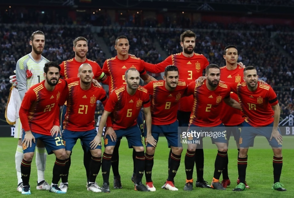 Spain-2018-adidas-home-kit-red-navy-black-line-up.jpg