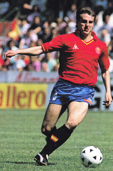 Spain-88-89-Le coq-home-kit-red-blue-black.jpg