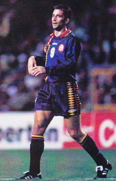 Spain-94-95-adidas-third-kit-navy-navy-navy.jpg