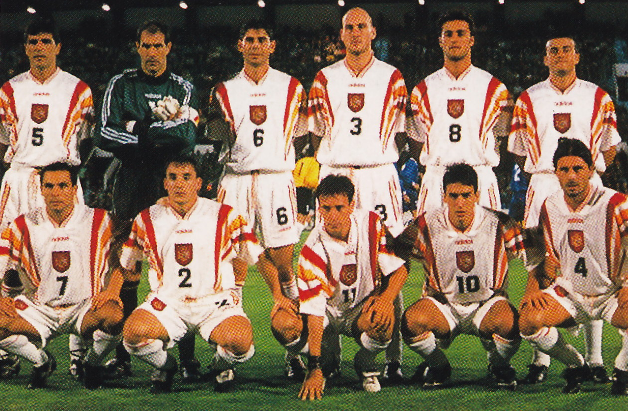 Spain-96-97-adidas-third-kit-white-white-white-line-up.jpg