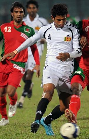 Sri Lanka-09-adidas-away-kit-white-white-black.JPG