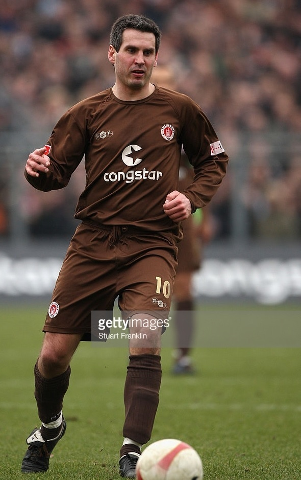 St.-Pauli-2007-08-Do-You-Football-home-kit.jpg