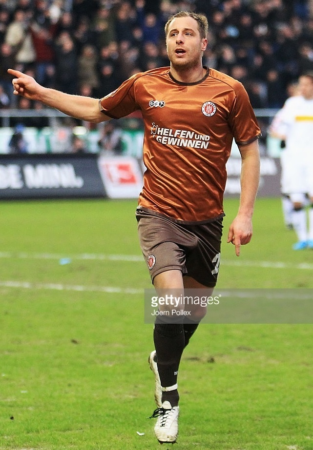 St.-Pauli-2010-11-Do-You-Football-home-kit.jpg