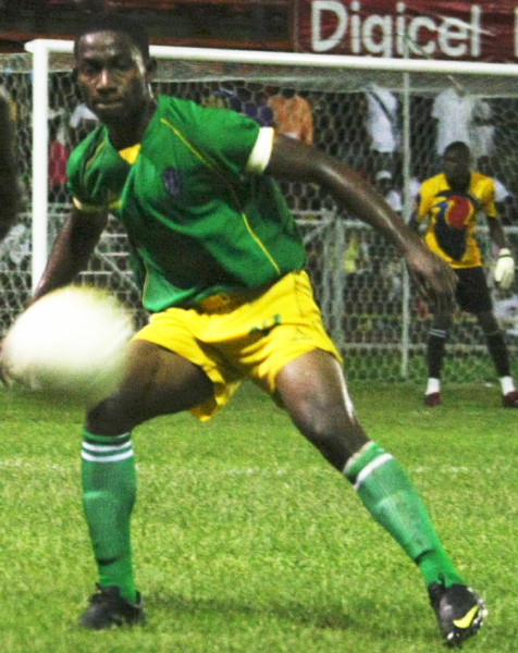 St. Vincent-Grenadines-10-HEALY-away-kit-green-yellow-green.jpg