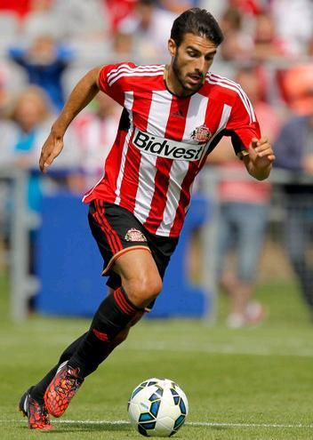 Sunderland-14-15-adidas-first-kit.JPG