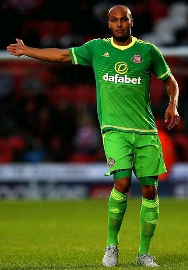 Sunderland-15-16-adidas-second-kit.JPG