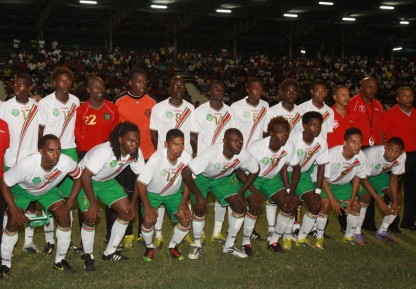 Suriname-08-10-COPA-home-white-green-white-line-up.jpg