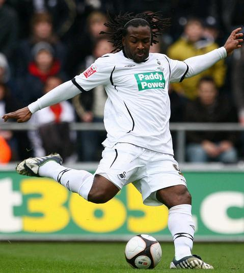 Swansea-City-08-09-UMBRO-home-kit-Paddy-Power.JPG