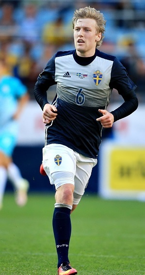 Sweden-2016-adidas-away-kit.jpg