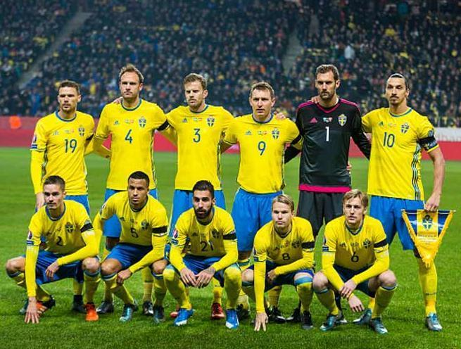Sweden-2016-adidas-home-kit-yellow-blue-yellow-line-up.JPG