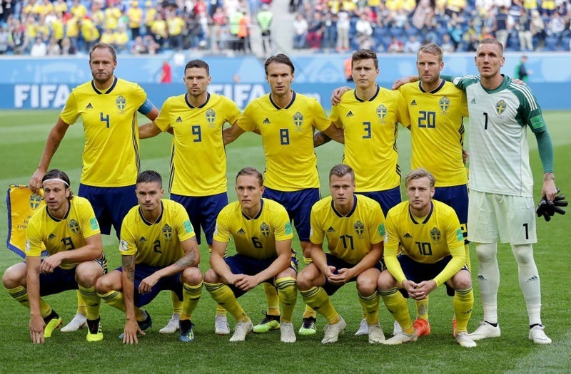 Sweden-2018-adidas-world-cup-home-kit-yellow-blue-yellow-group-photo.jpg