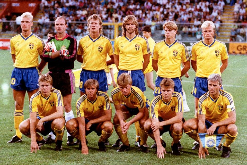 Sweden-90-adidas-home-kit-yellow-blue-yellow-line up.JPG