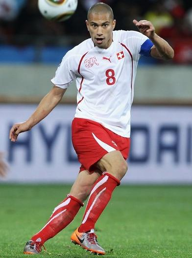 Switzerland-10-PUMA-WorldCup-away-kit-white-red-red.jpg