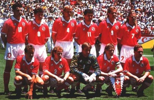 Switzerland-94-95-lotto-home-kit-red-white-red-group-photo.jpg
