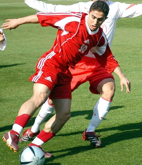 Syria-06-adidas-home-kit-red-red-red.JPG