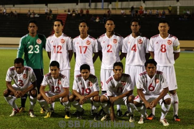 Tahiti-12-adidas-home-kit-white-white-white-line-up.jpg