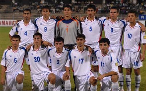 Tajikistan-06-FBT-away-white-white-white-line up.JPG