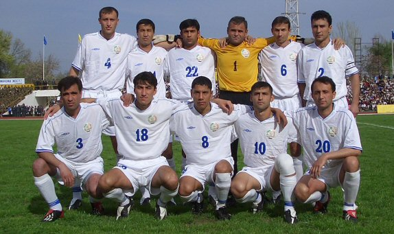 Tajikistan-06-UMBRO-white-white-white-group.jpg