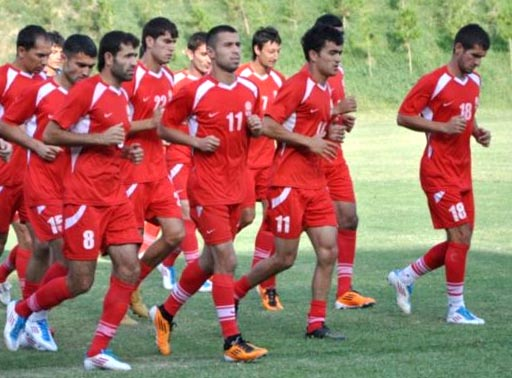 Tajikistan-11-NIKE-home-kit-red-red-red.JPG