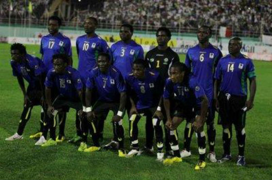 Tanzania-12-uhlsport-home-kit-blue-black-black-line-up.jpg