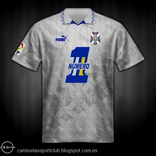 Tenerife-1995-96-PUMA-home-kit-3.jpg
